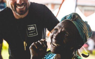 az-lstn-ruandaban-is-segitett-a-hallasserulteknek-400x250
