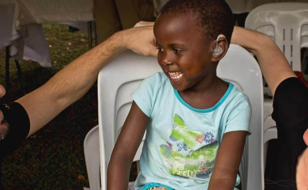 Az LSTN Ugandában Segített 200 Gyereknek