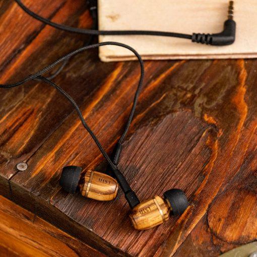LSTN Bowery fülhallgató fából
