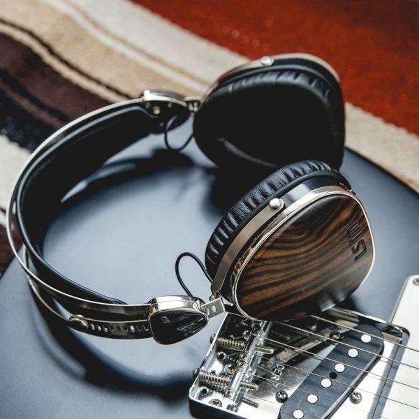 LSTN Troubadour Bluetooth Fejhallgató Zebrafa
