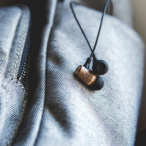 WEMBLEY Vezetékes Fülhallgató Diófa